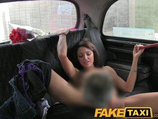 Студентка в такси порно смотреть онлайн 2